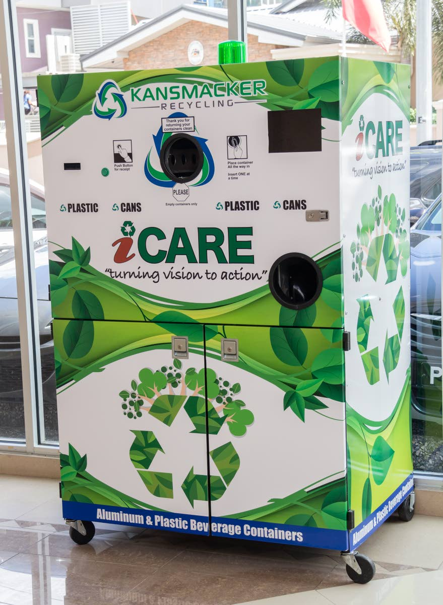 Kansmacker's recycling machine at the Ministry of Public Utilities head office in St Clair