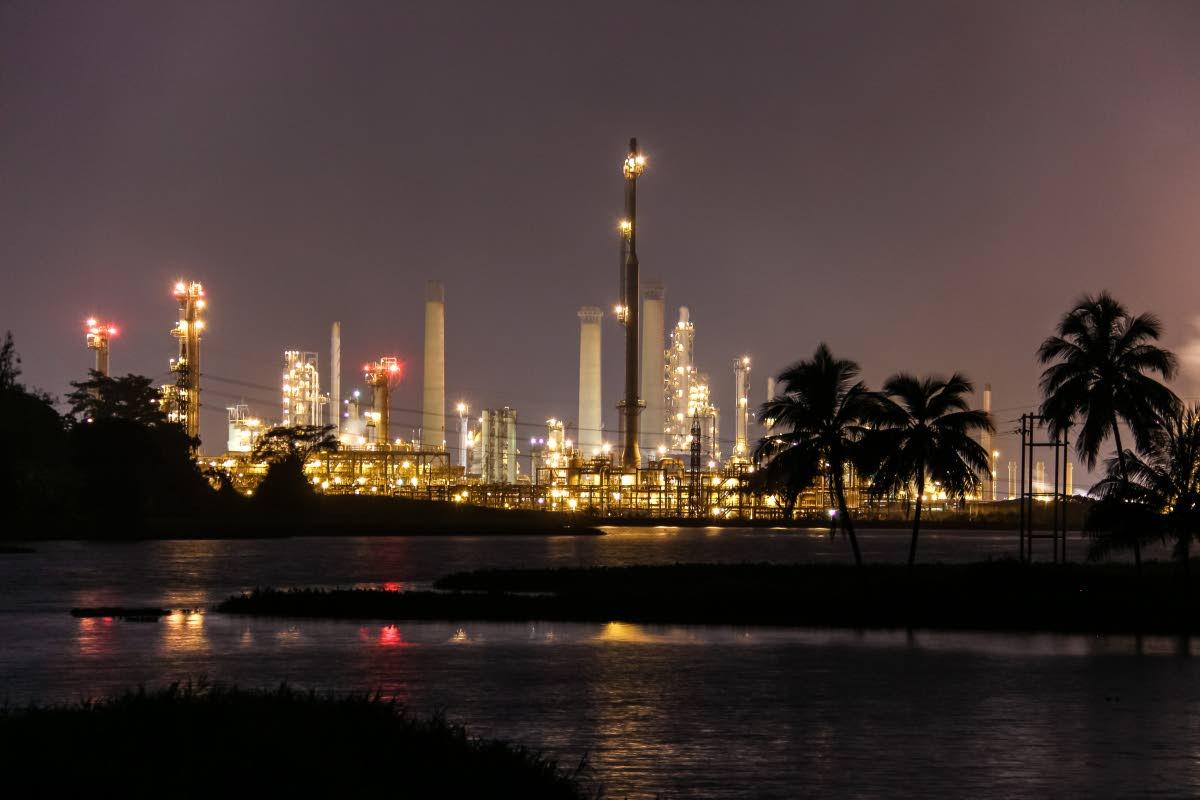 Pointe-à-Pierre refinery: Photo: Jeff Mayers