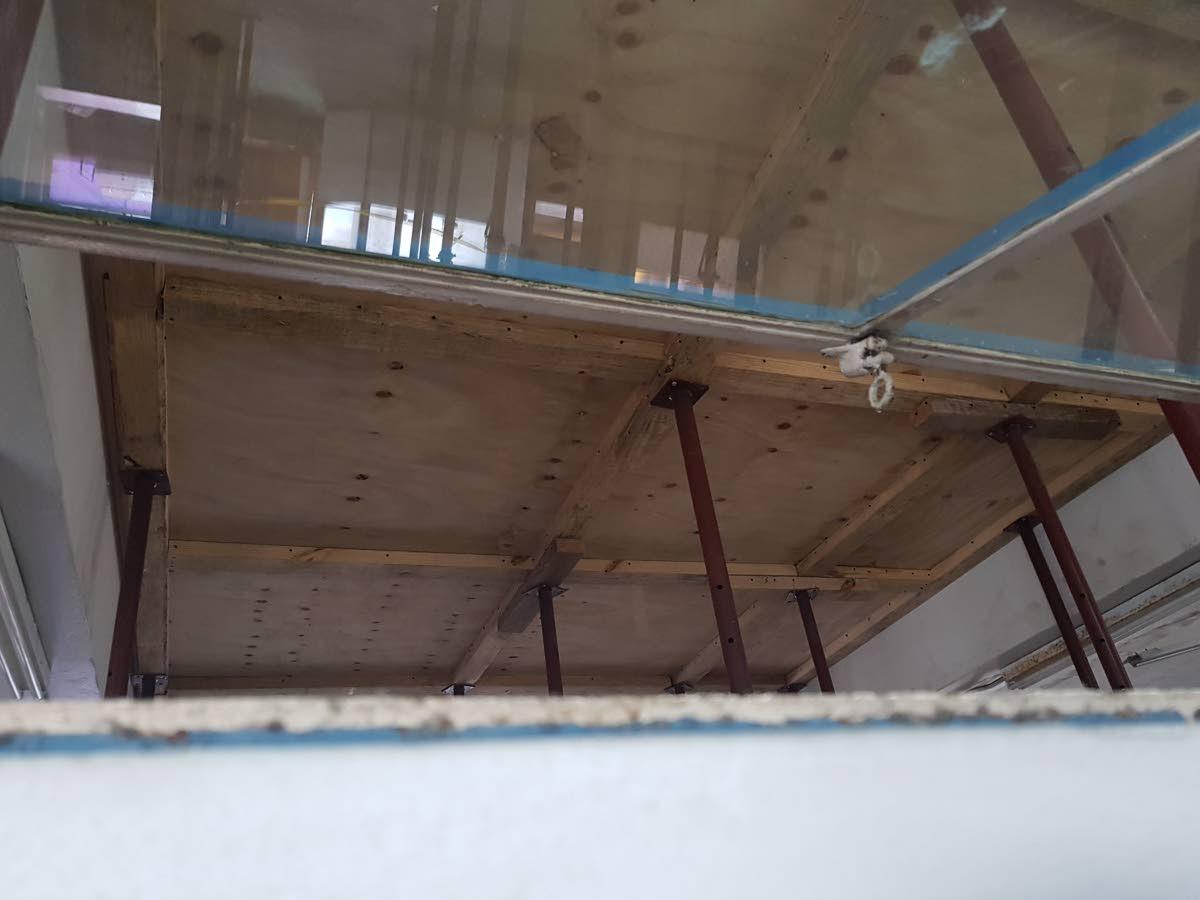 Bad ceiling at San Fernando hospital