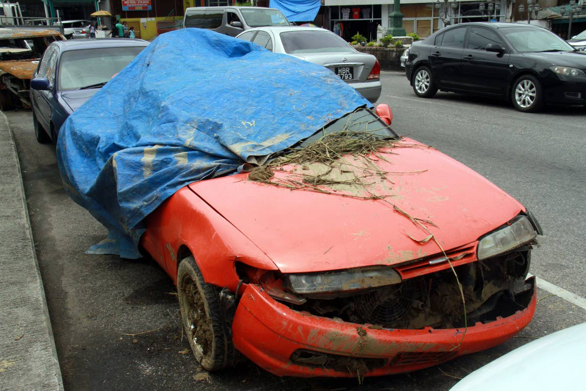 CRASHED CAR: The car involved in the accident which claimed the life of Annise Sakawath and left two of her close friends warded in critical condition at hospital.