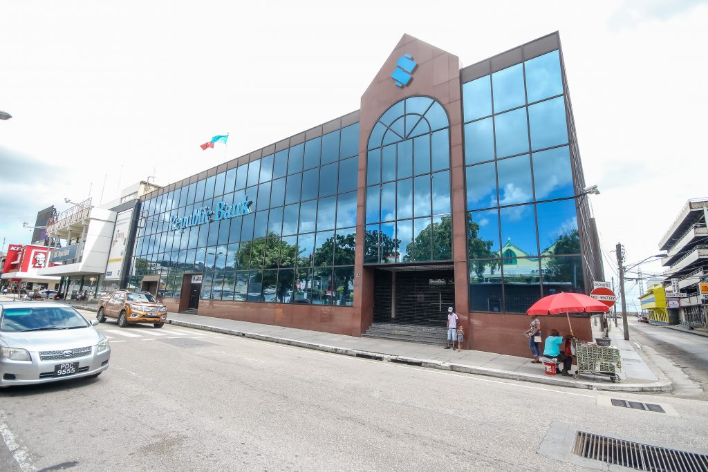 Republic Bank Ltd,  Independence Square, POS. Photo by Jeff Mayers