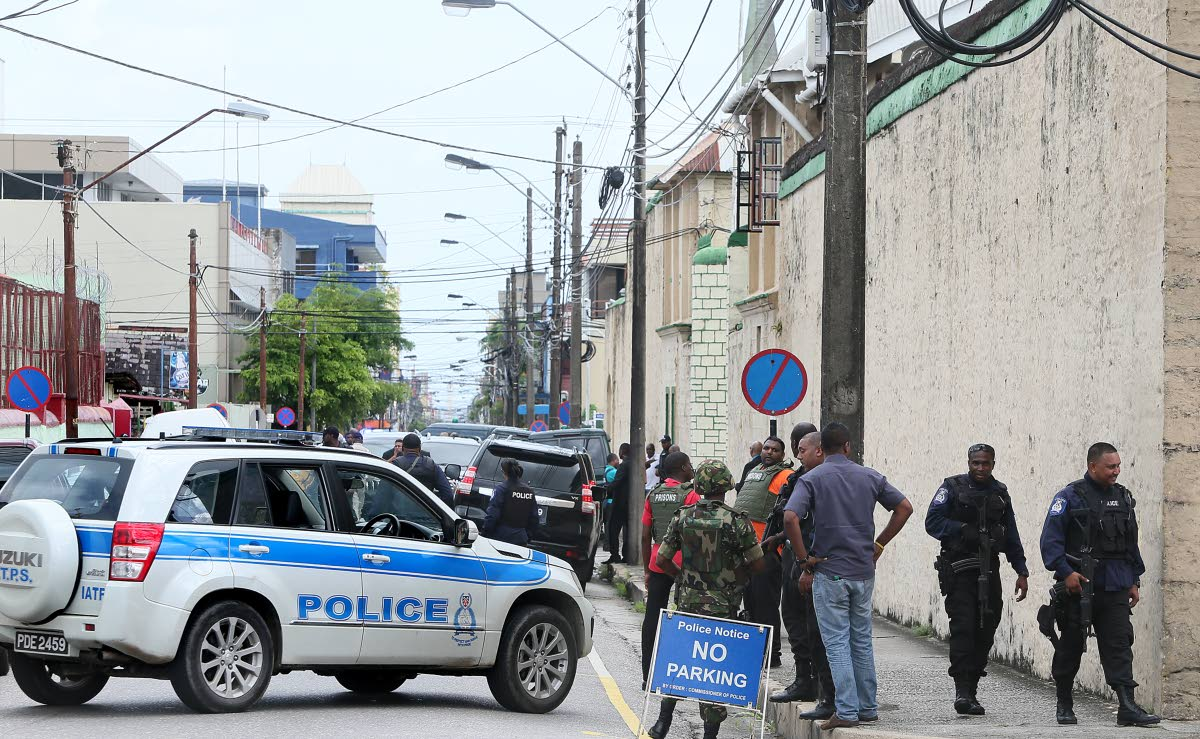 The Port of Spain Prison is put on lockdown by police and prison officers after a prison break on July 24, 2015.  NEWSDAY FILE PHOTO