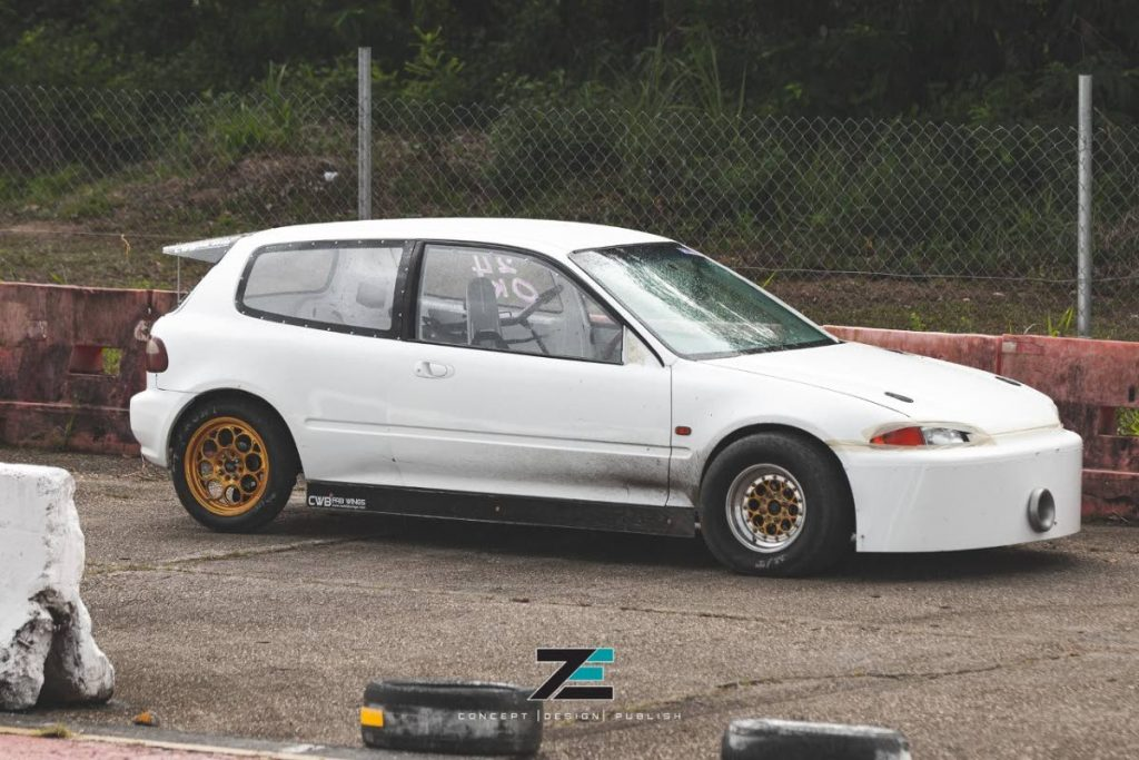The front wheel drive Honda Civic named Slingshot.