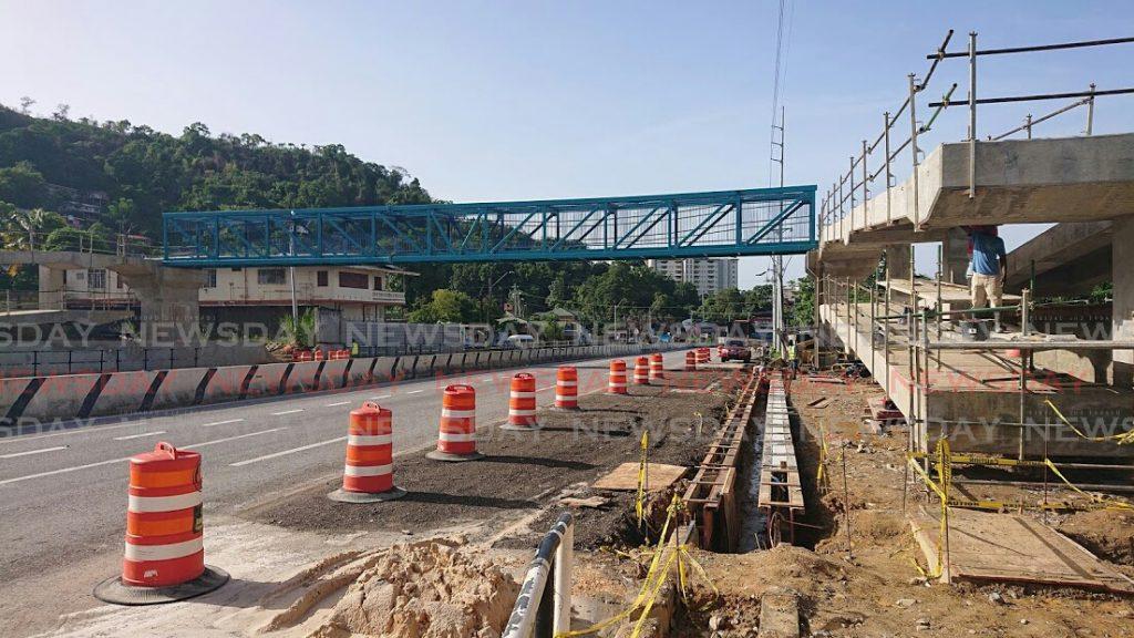 Diego Martin pedestrian overpass superstructure.  Photos: Ria Chaitram