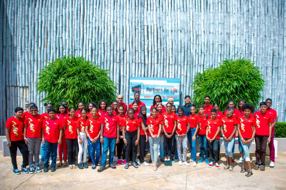 The SEA students who participated in the Unit Trust Corporation's (UTC ) Strategy for Success workshop.