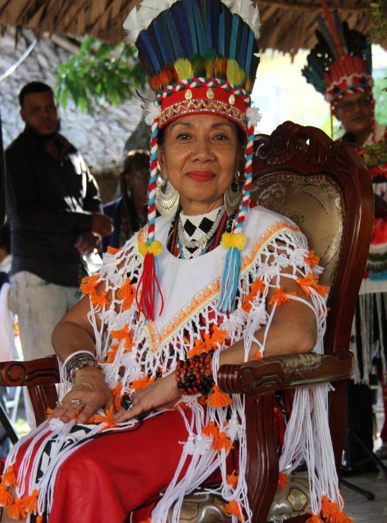 Realeza caribeña: Nona López Calderón Galera Moreno Aquan es real como la reina caribeña durante su inauguración en el Centro Carib, calle Paul Mitchell, Arima ayer. FOTO DE AYANNA KINSALE
