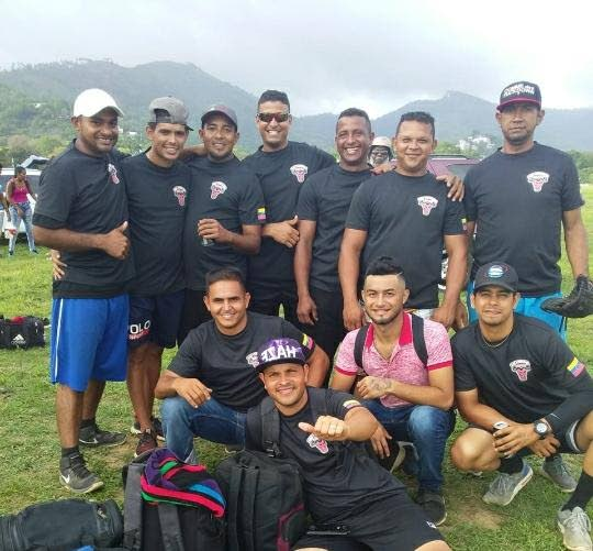 Las Bestias de San Fernando sumaron su tercera victoria del Quinto Campeonato de softbol masculino de Trinidad y Tobago que se juega en el Queen's Park Savannah en Puerto España.