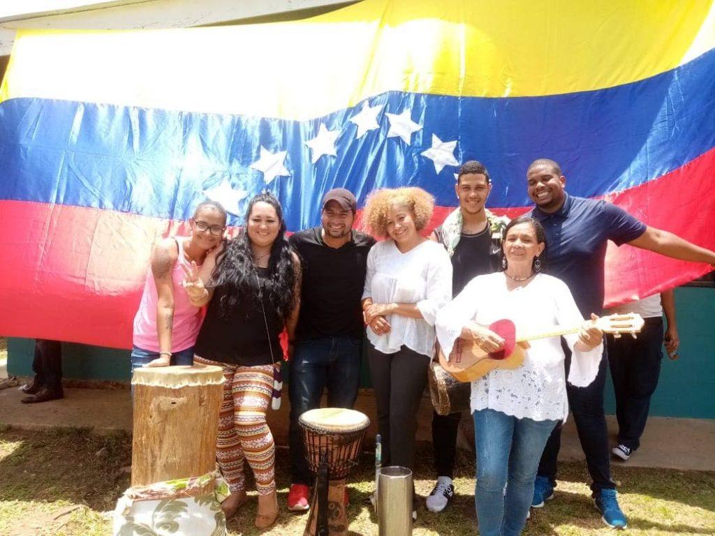 Foto: Cantantes y músicos venezolanos se unen al Centro Cultural Hispano Arima para comenzar