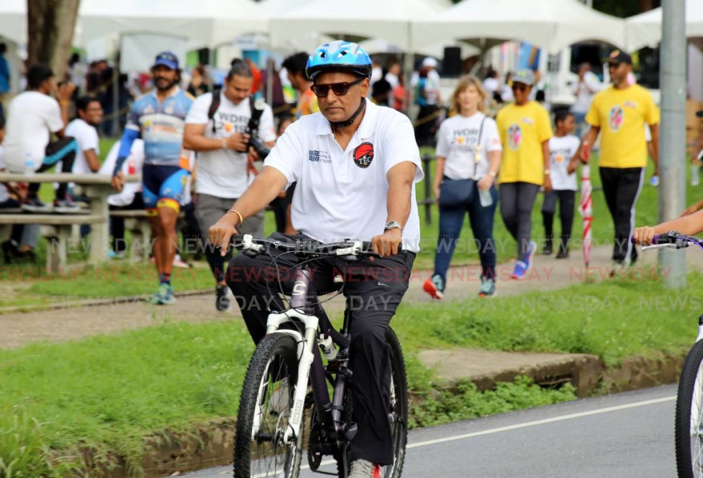 Works and Transport Minister Rohan Sinanan rides in Arrive Alive's solidarity walk and ride at Queen's Park Savannah, Port of Spain on Saturday.  - SUREASH CHOLAI