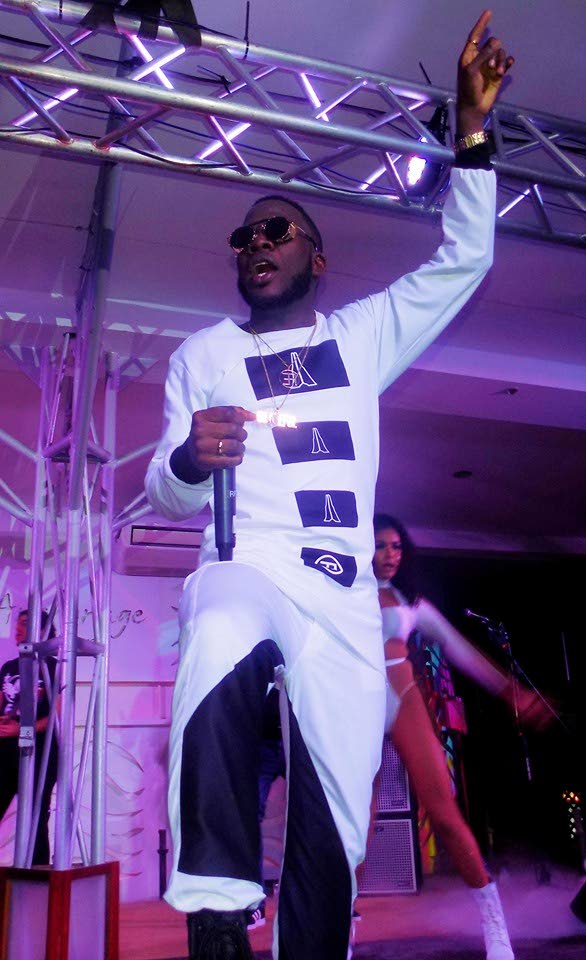 Soca artiste Erphaan Alves gestures during a performance for his Grateful birthday concert at the Anchorage, Chaguaramas, last Friday night.  - Shane Superville