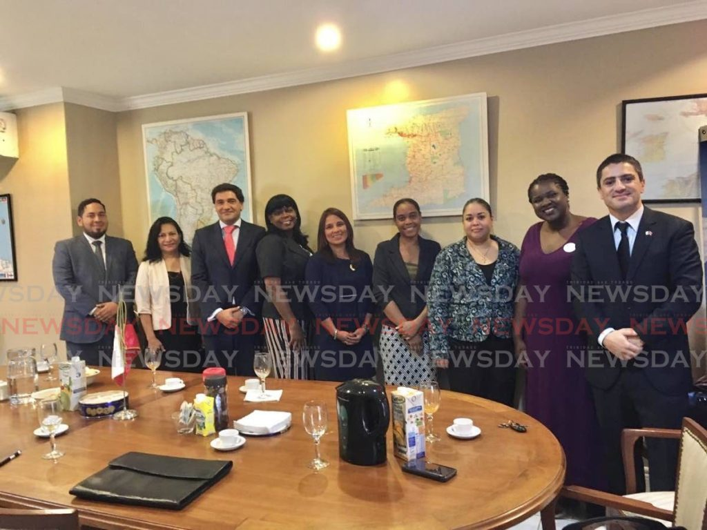 Representatives from the different participating embassies and professionals from the Ministry of Education of TT. -