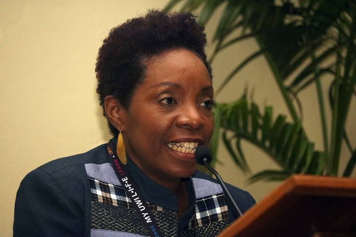 Dr Suzanne Burke  -