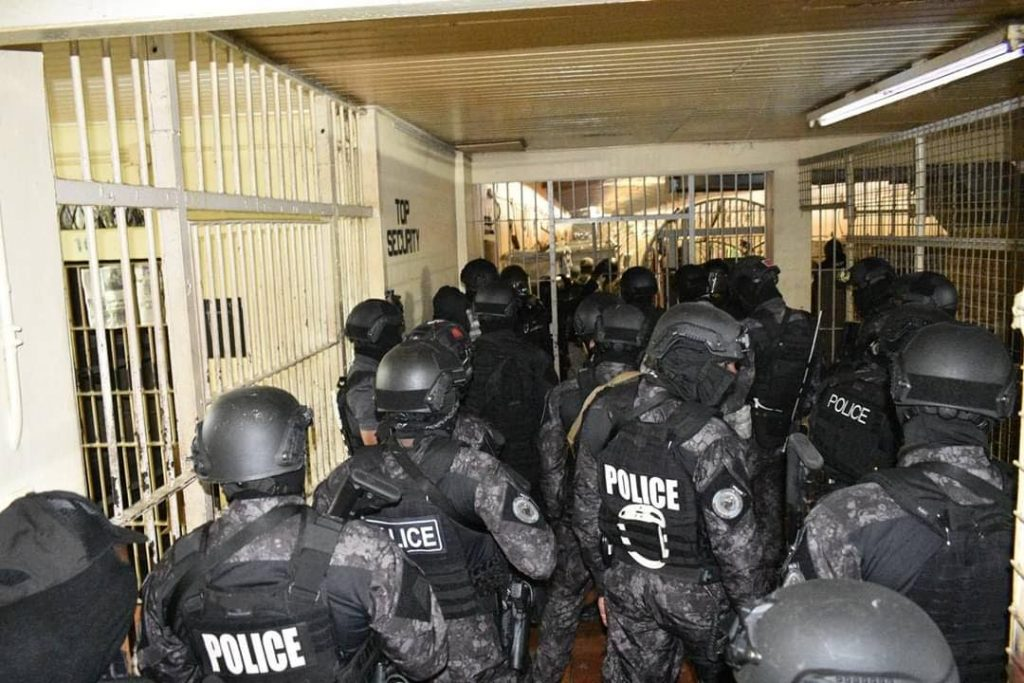 Riot police at the Remand Yard prison in Arouca during a riot among prisoners two weeks ago.  Photo source: Social Media