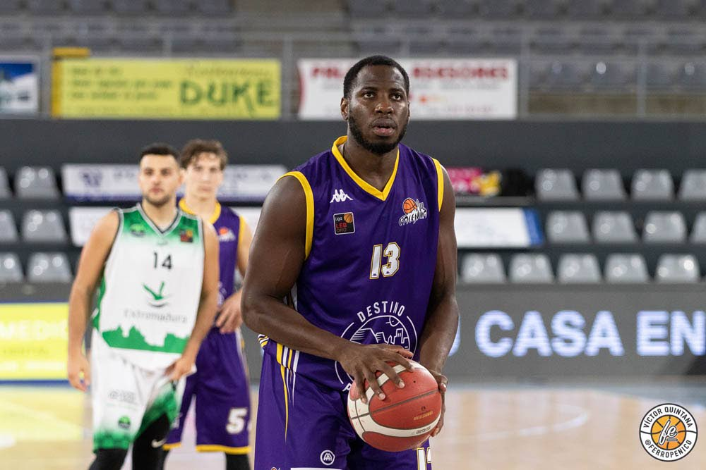 TT's Jabari Narcis takes a free throw during his MVP performance against Caceres in Spain's LEB Gold League on Saturday.  - Victor Quintana