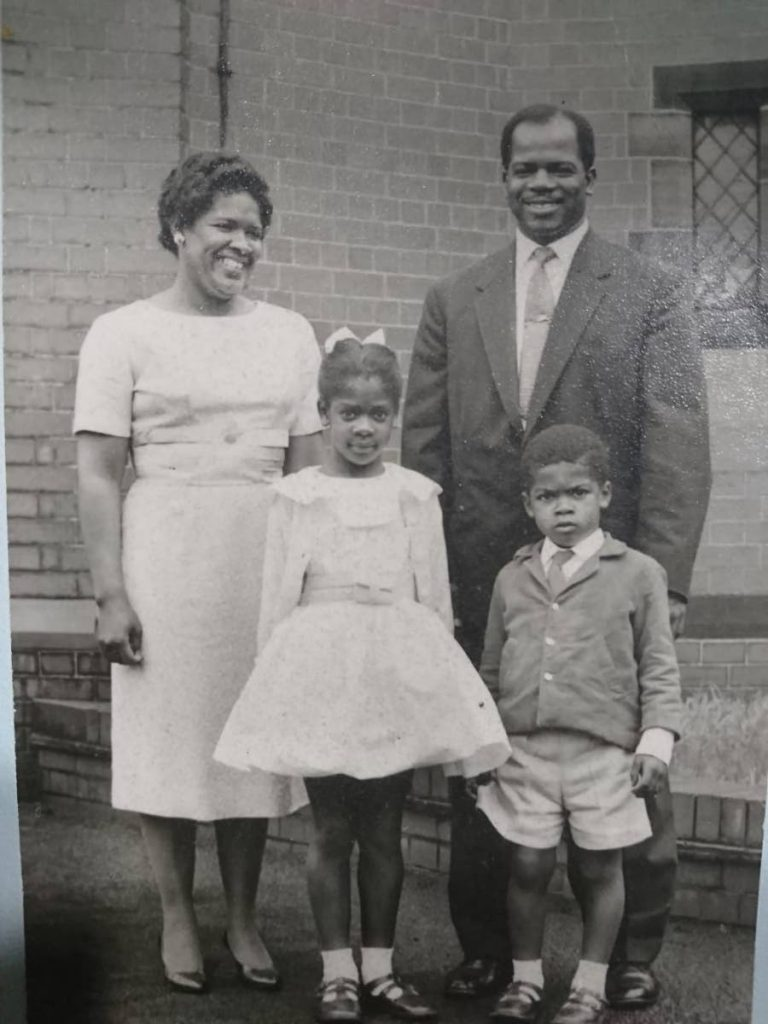 Hannah Demming in  England with husband Oliver Demming, daughter Rena and son Ross. Photo source: Richard Demming (son)