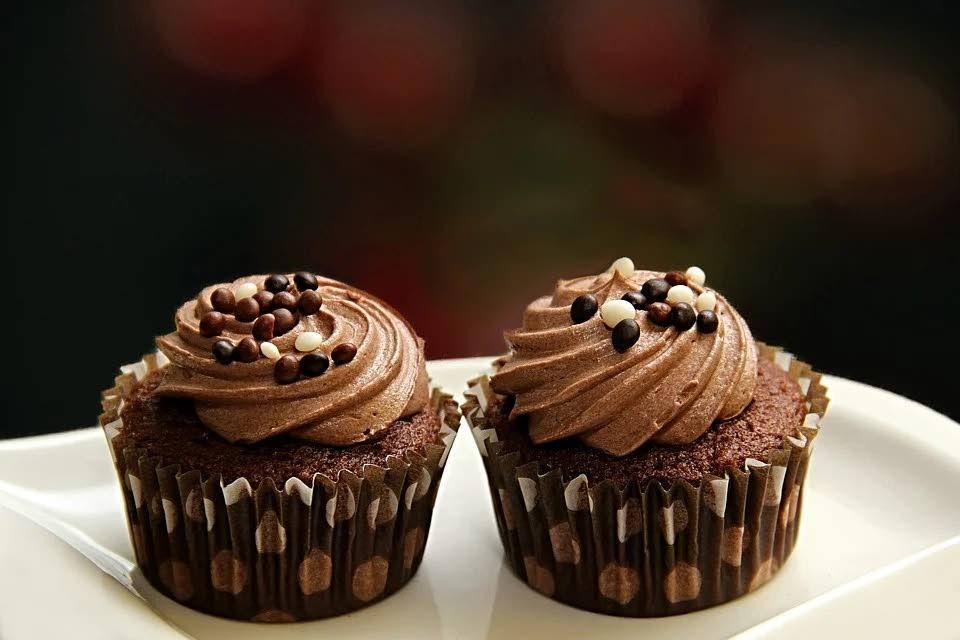 Banana cake with chocolate buttercream -
