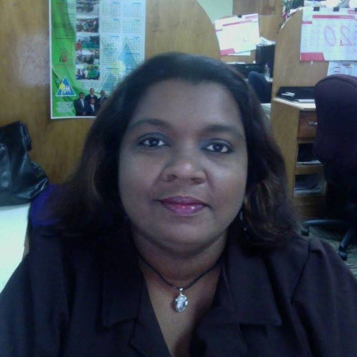 Jennifer Mahadeo, 41, a page planner for the TT Newsday newspaper died from the coronavirus on Friday morning, days after her father Deonarine Mahadeo also died from the virus.   PHOTO COURTESY SOCIAL MEDIA - PHOTO COURTESY SOCIAL MEDIA