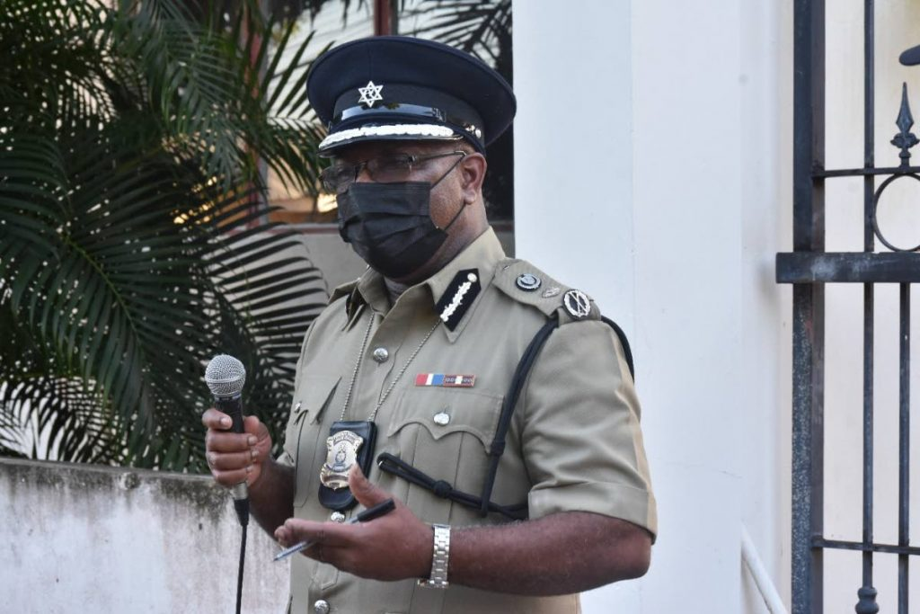Acting Commissioner of Police Mc Donald Jacob speaks to several units of the Wetsern Division on Thursday. -